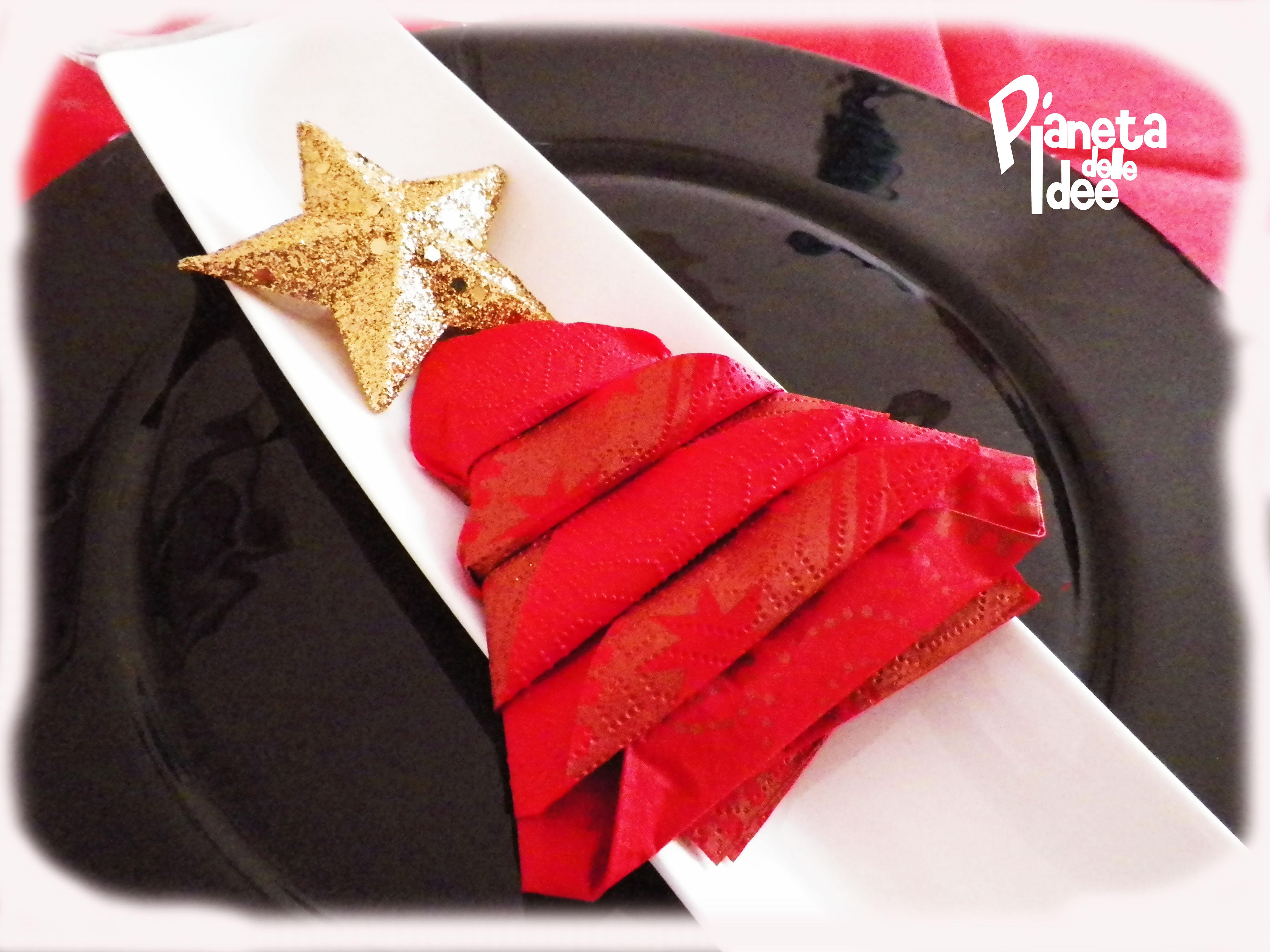 Come Piegare Un Tovagliolo A Forma Di Albero Di Natale Pianeta