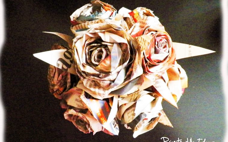 Un bouquet di rose di carta!