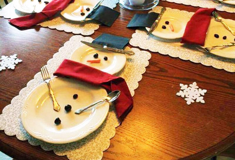 Apparecchiare la tavola di natale a pupazzo di neve - Preparazione tavola di natale ...